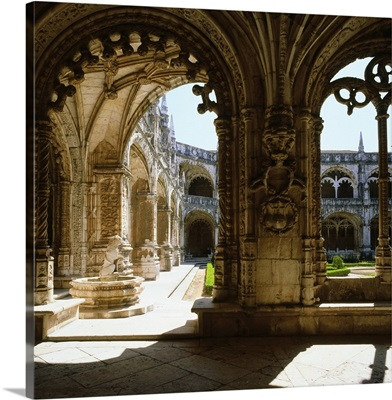 Portugal, Lisbon, Belem, Jeronimos monastery, cloister