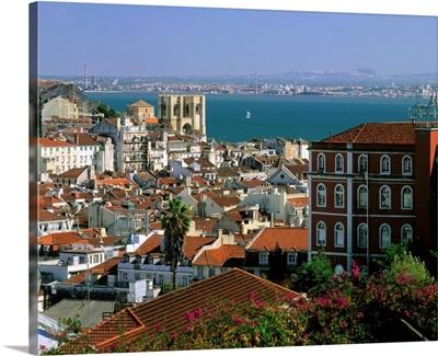 Portugal, Lisbon, historical center, cathedral Se Patriarcal, Tejo river