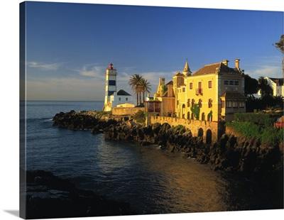 Portugal, Lisbon, Lighthouse near Cascais town