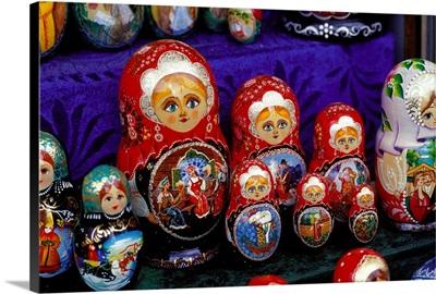 Russia, Saint Petersburg, (Leningrad), Matrioska, souvenirs