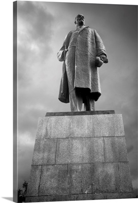 Russia, Siberia, Sakhalin Island, Yuzhno-Sakhalinsk, Lenin Statue