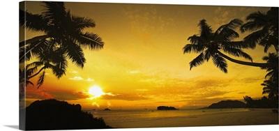 Seychelles, Praslin Island, Cote d'Or beach