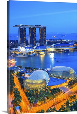 Singapore City, Singapore marina with Marina Bay Sands in the background at night
