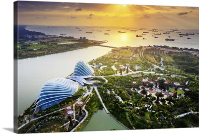Singapore, Futuristic conservatory complex at sunrise, Gardens by the Bay