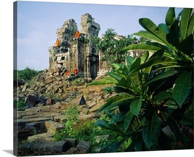 Southeast Asia, Cambodia, Kampuchea, Angkor, Phnom Bok Temple