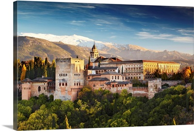 Spain, Andalusia, Granada, Alhambra Palace, Alhambra Palace at night