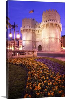 Spain, Valencia, Torres de Serranos, medieval city gates