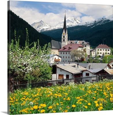Switzerland, Graubunden, Mustair valley, Santa Maria village