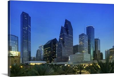 Texas, Houston skyline from the Downtown Aquarium at dusk
