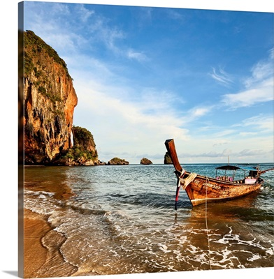 Thailand, Andaman sea, Krabi, Hat Phra Nang Beach, long-tail boat on the shore