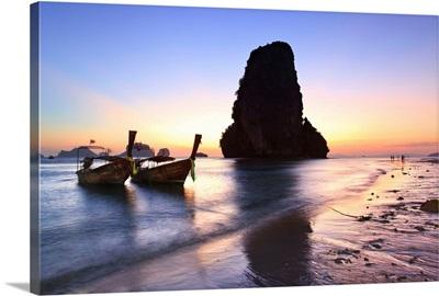 Thailand, Krabi, Sunset Over Hat Tham Phra Nang  Beach, Rai Leh Peninsula