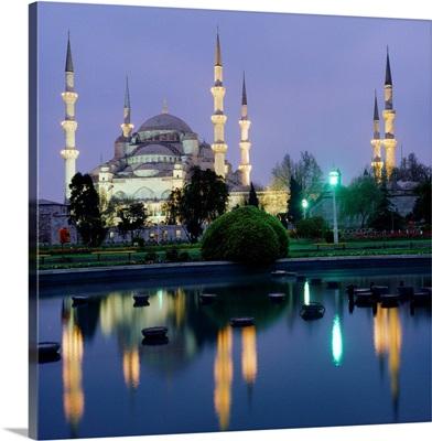 Turkey, Istanbul, Sultan Ahmet Mosque (Blue mosque)