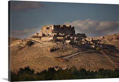Turkey, Mardin, Kurdistan, Kalecik village and castle, Nusaybin