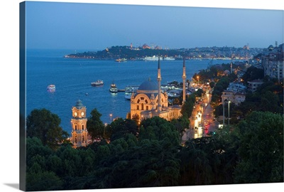 Turkey, Marmara, Istanbul, Dolmabahce Mosque over the Bosphorus Strait