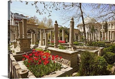 Turkey, Marmara, Middle East, Istanbul, View of Divan Yolu Turbesi