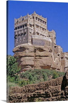 Yemen, Sana, Wadi Dhahr, Dar Al-Hajar rock palace