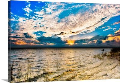 Glorious Redeeming Golden Sunset Sun Rays Blue Sky