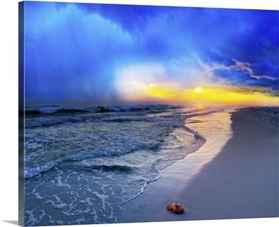 Pensacola-Beach-Florida-Sunset-Foggy-Sea-Shell