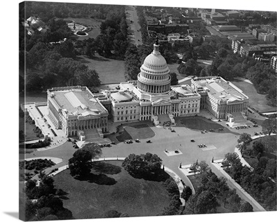 Aerial view of the United States Capitol