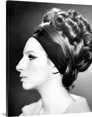 Barbra Streisand - Vintage Publicity Photo