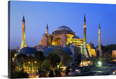 Hagia Sophia (Basilica of St. Sophia). 6th c. Minarets from 15th c. Istanbul, Turkey