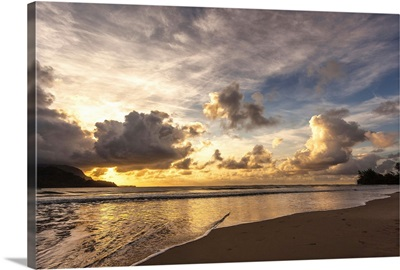 Sunset in Hanalei Bay
