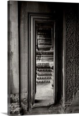 Angkor Wat II, Black and White