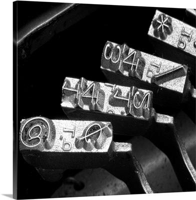 Typewriter Symbols, Square