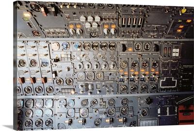 Airplane cockpit control panel