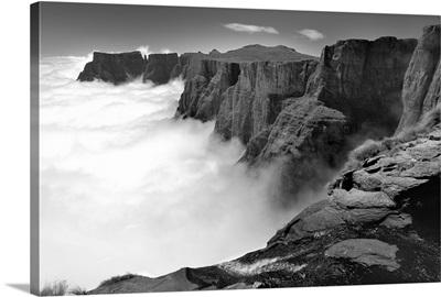 Amphitheatre range Drakensberg uKhahlamba National Park, Kwazulu-Natal, South Africa