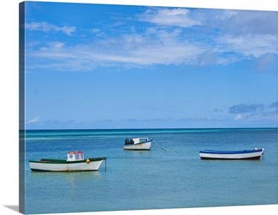 Aruba, boats on sea