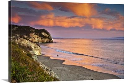 Avila Beach at sunset.