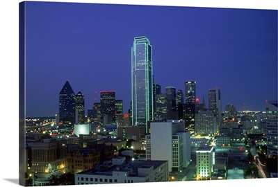 Bank of America outlined in green neon at dusk, Dallas, Texas