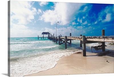 Boardwalk by the sea, Nassau, Bahamas