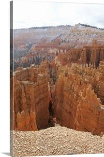 Bryce Canyon hoodoos and Thor's hammer