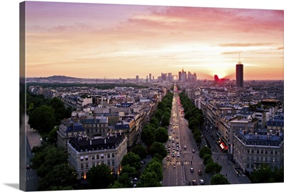 Cityscape at sunset, Pairs, France.