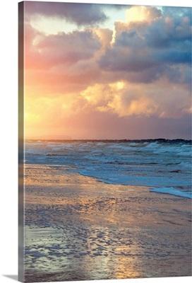 Coastline of the Atlantic Ocean at sunset