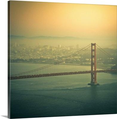 Golden Gate bridge at sunset in San Francisco, US.