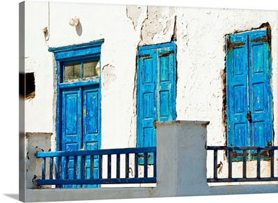 Greece, Cyclades Islands, Mykonos, Old blue doors
