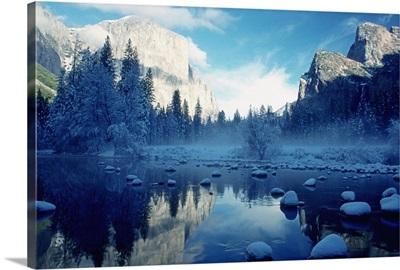 Ice on the Merced River, Yosemite National Park, California, USA