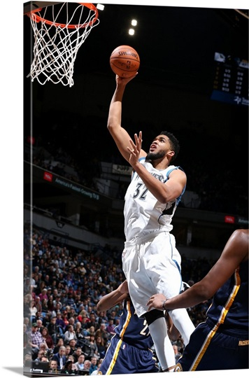Karl Anthony Towns 32 Of The Minnesota Timberwolves Goes For The