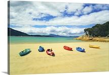 Kayaks at Trousers Point on Flinders Island, Strzelecki National Park, Tasmania