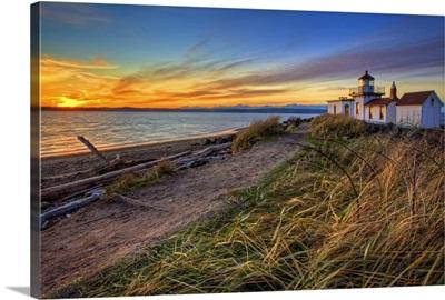 Lighthouse at sunset, Washington