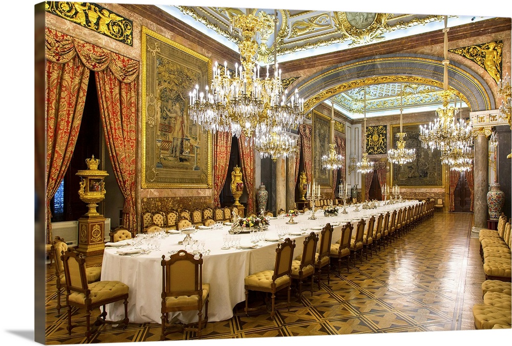 Merveilleux Madrid, Dining Room In Royal Palace, Spain