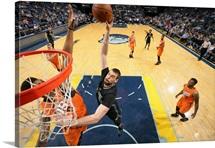 Marc Gasol 33 of the Memphis Grizzlies shoots the ball against the Phoenix Suns