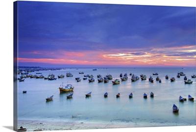 Mui Ne is coastal resort town in Binh Thuan Province of southeastern Vietnam.