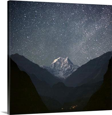 Nepal, ACAP, view of Kali Gandaki Valley with Nilgiri South from Tatopani