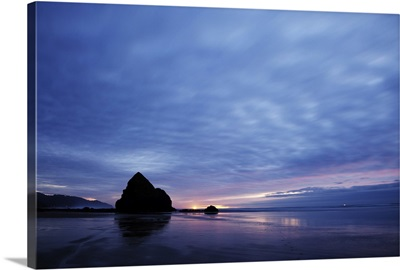 Ocean after the sunset, Cannon Beach, Oregon