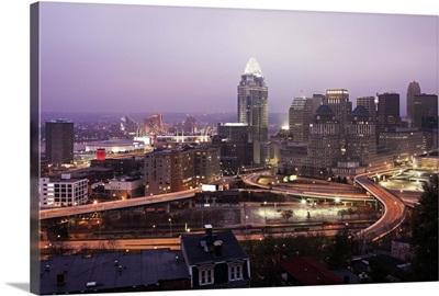 Ohio, Cincinnati skyline at dawn