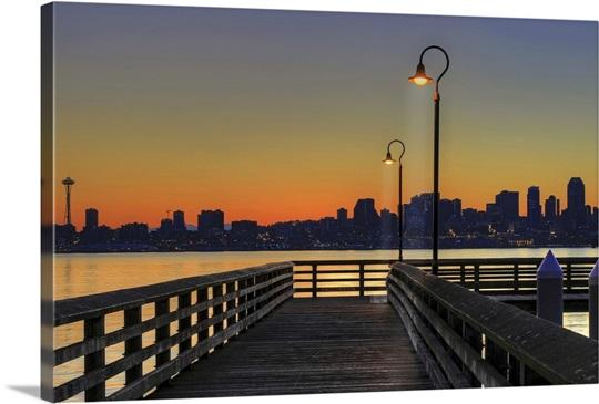 Seacrest park fishing pier in alki beach during sunrise for Seattle fishing pier